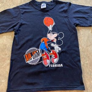 Disney Mickey basketball kids T-shirt